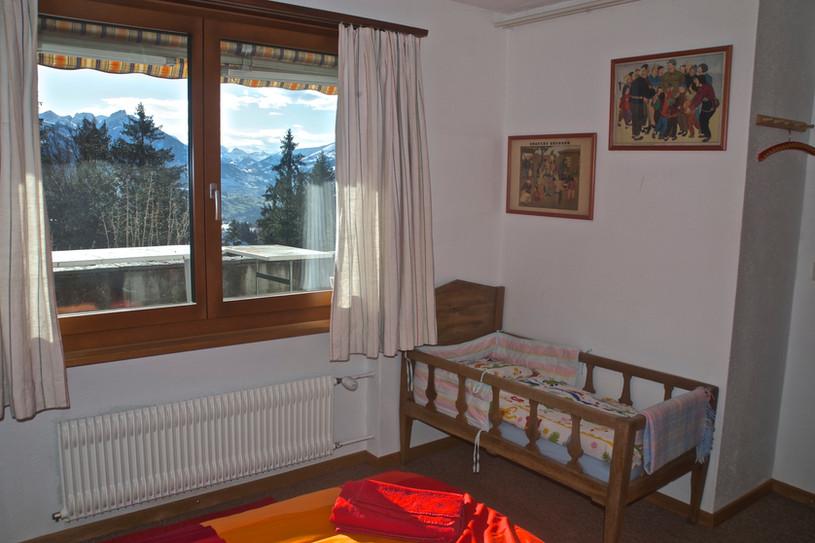 bed1 1.jpg