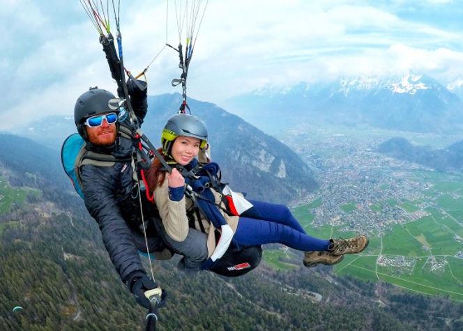 Paragliding-Interlaken-Raevian-5a.jpg