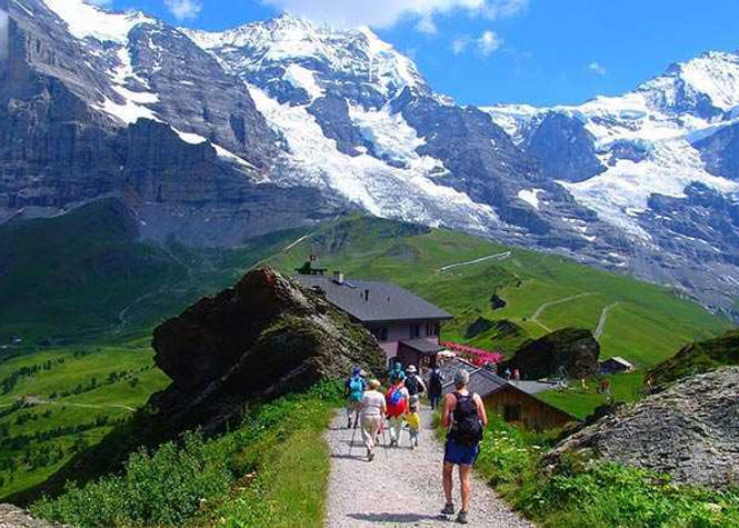 6-Bernese-Overland-trails-Switzerland.jp