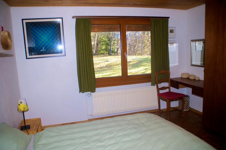 bed2 1.jpg