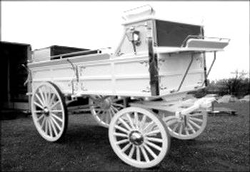Robert-Carriages-Draft-Horse-Hitch-Wagon