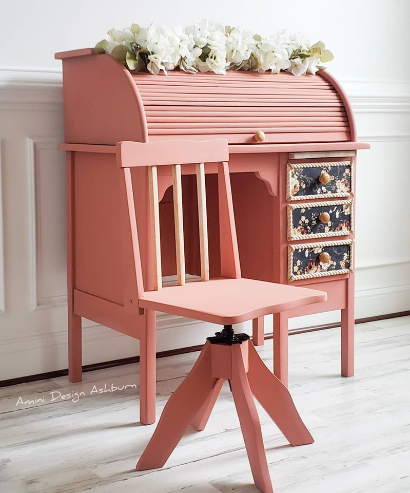 Pink Desk Petite Roll Top