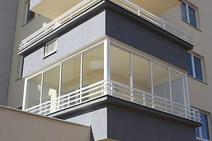 ramowa-zabudowa-balkonu-warszawa.jpg
