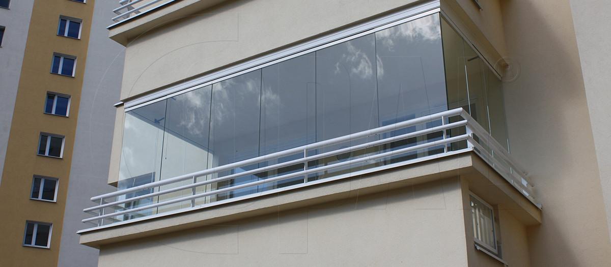 Zabudowa balkonu system bezramkowy