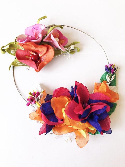 Колье+брошь цветы фуксия