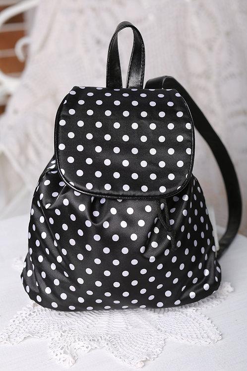 Рюкзак для девочки белый горох