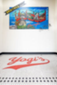 Yogis-33-min.jpg
