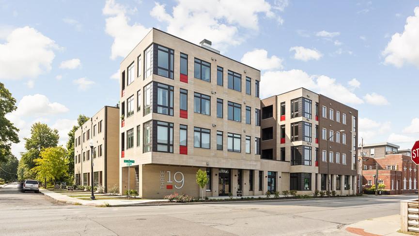 319 E 16th St Unit 205- Everhart Studio-