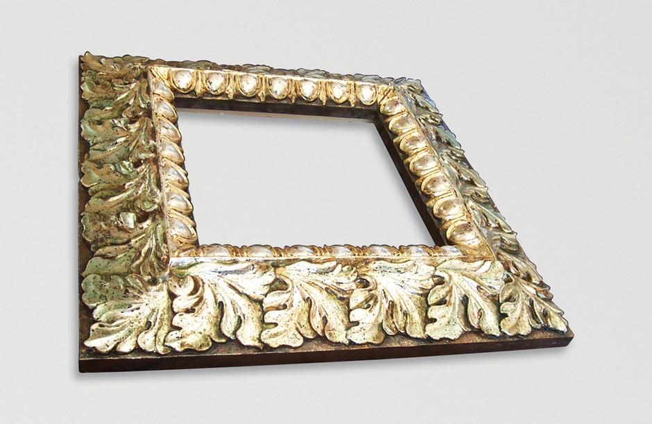 Lindenholz - polimentversilbert, gelüstert 52 x 52 cm