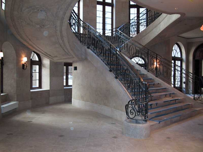 Building Grand Stair