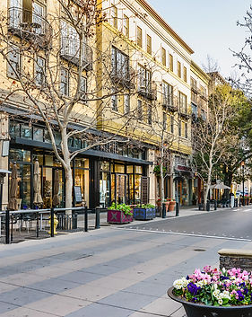 Scenery of the shopping district in San