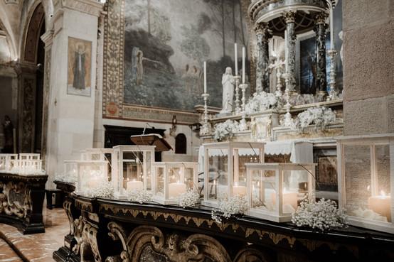 candele in chiesa matrimonio