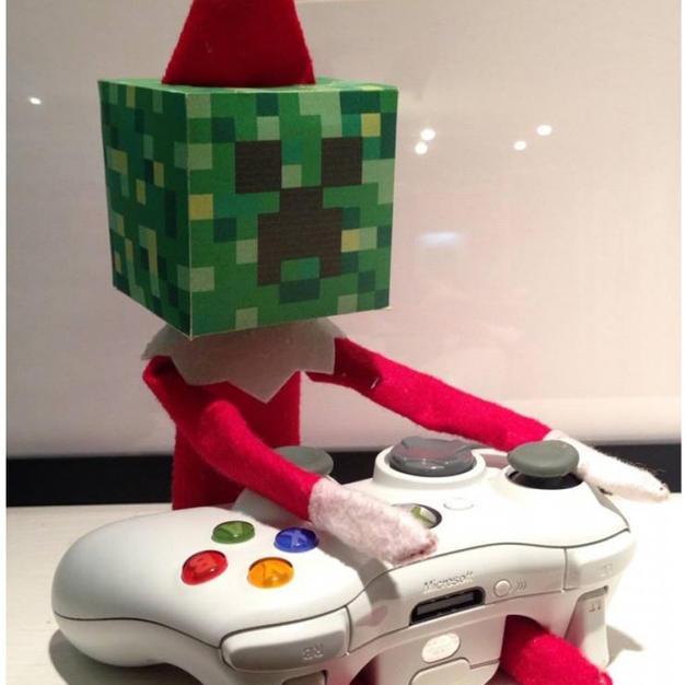 Minecraft | Elf On The Shelf