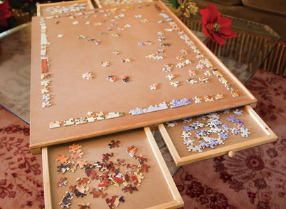 Solve Your Next Puzzle With This  Wooden Jigsaw Puzzle Plateau and Storage System