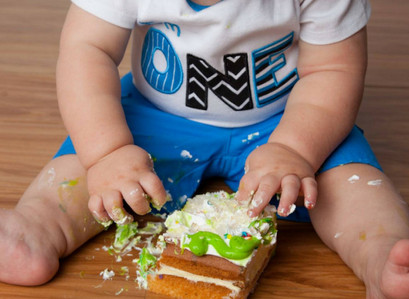 Free Smash Cakes For Baby's First Birthday From These 17 Stores