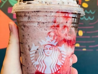How To Order The Starbucks's Strawberry Love Bug Frappuccino  This Valentine's Day