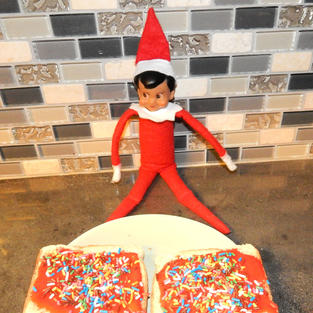 Morning Toast | Elf On The Shelf