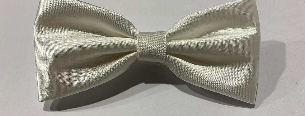 White Bow Tie (Hand Made)