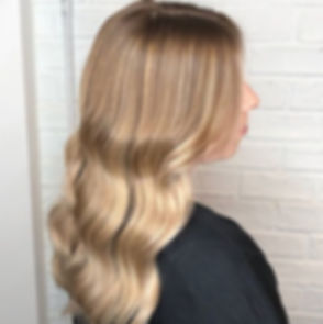 Waves%2520for%2520days%252C%2520%25F0%259F%2592%259B%2520_Stunning%2520colour%2520done%2520by%2520Em