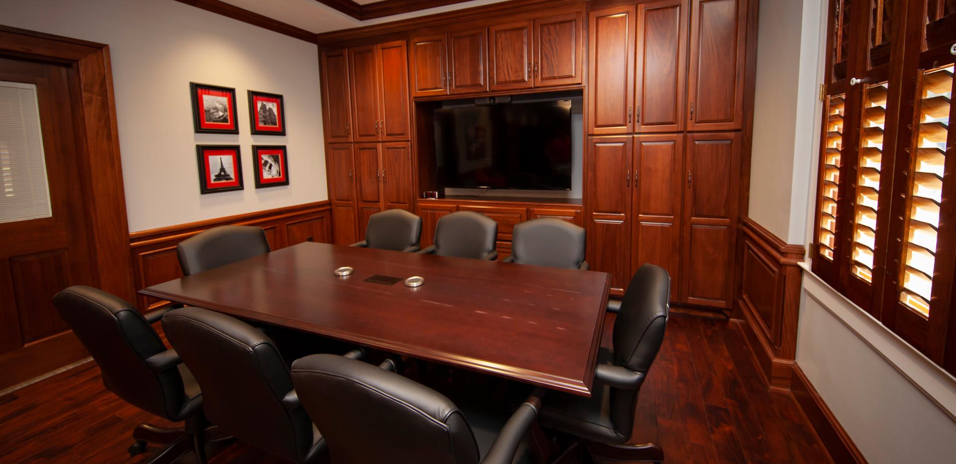 _MG_9607VSU executive sutie.jpg