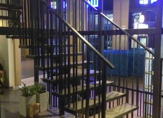 Лестница и ограждения из металла