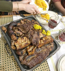 🥩🥩🥩🥩 MEAT YO MATCH (your meat sweats match 🤤😂🙌😅😴) This is the massive Parrillada Para Dos,