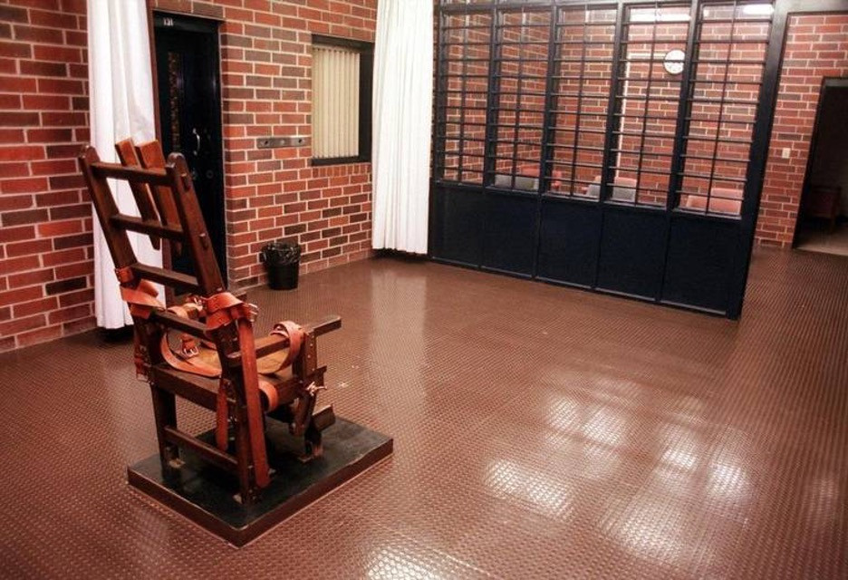 """South Carolina's electric chair, sardonically referred to as """"Old Sparky"""" by some, located at Broad River Correctional Facility in Columbia, SC. (Credit: Eric Seals, Associated Press)"""