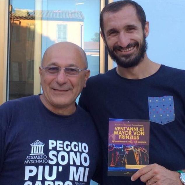 Chiellini e Mayor Von Frinzius