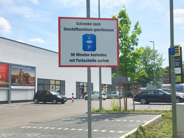 Schild inklusive Befestigung