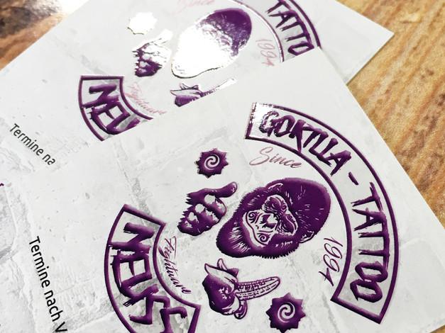 Visitenkarten mit partiellem UV-Lack auf Vorder- und Rückseite