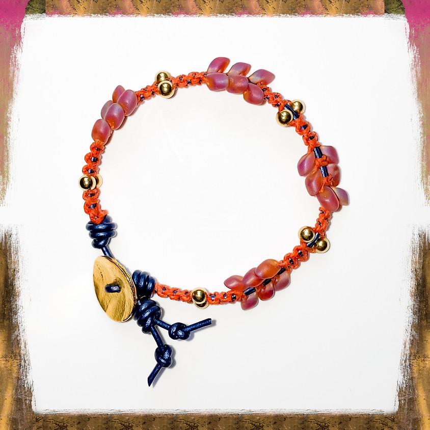 Magatama Linen Wrap Bracelet (Zoom)