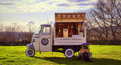 The Vintage Tipple Bar - Outside