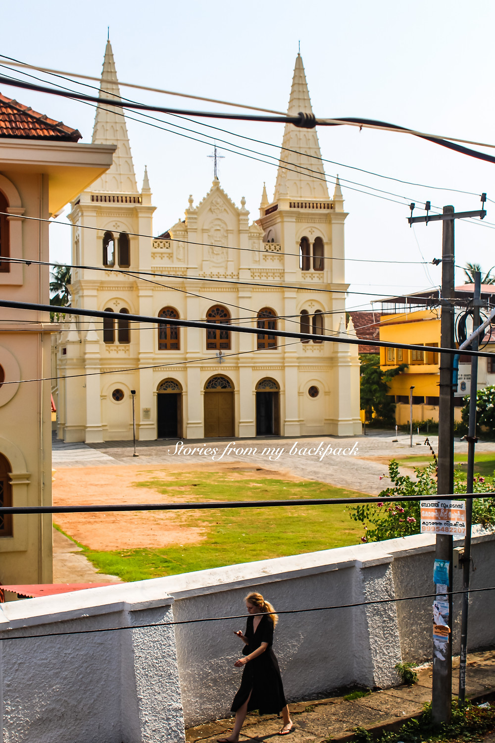 Santa Cruz Basilica, fort kochi sightseeing, churches in fort kochi, hostels in fort kochi, fort kochi tour