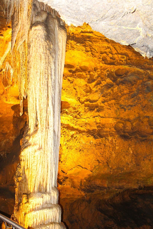 Luray Caverns, virginia, Shenandoah national park, limestone cave, stalactite, stalagmite