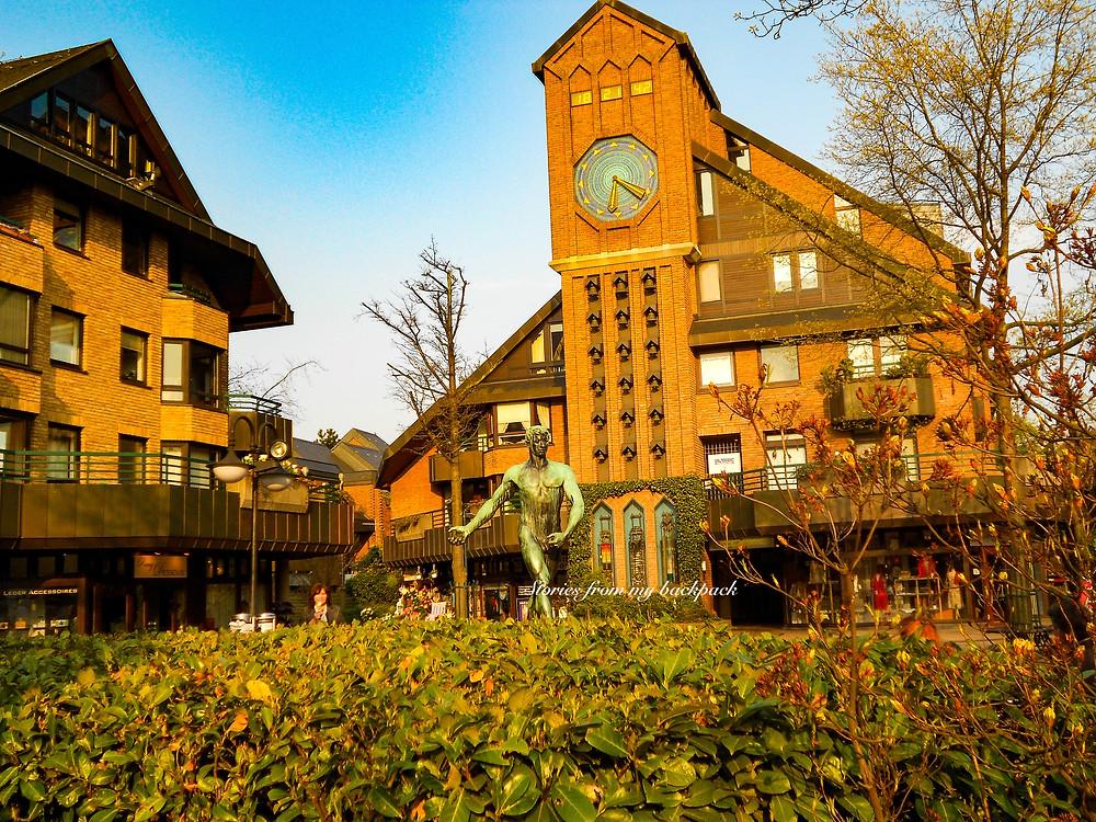Klemensplatz Kaiserwerth, things to do in Kaiserwerth, Dusseldorf heritage area, Dusseldorf sightseeing