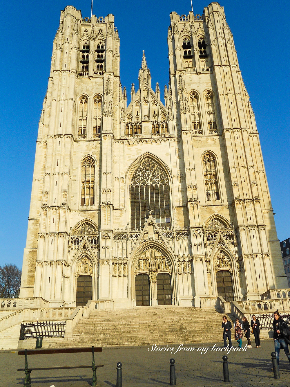 Mannekin Pis, What to do in Brussels, budget travel in Brussels, Europe on a budget, churches in Brussels, St. Michael & St. Gudula Cathedral