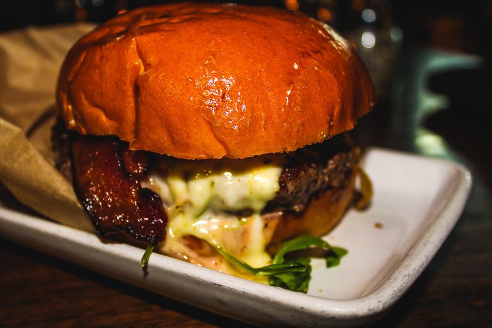 best burger in LA, 25 degrees, The Roosevelt hotel, Best food in LA