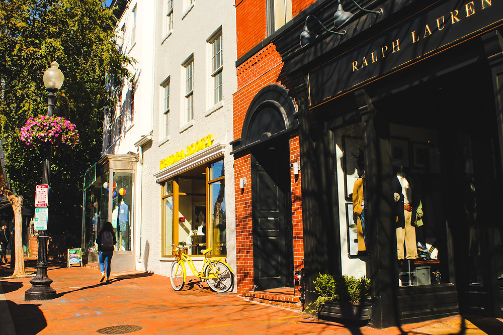 Georgetown, Georgetown University, historic district, things to do in Georgetown, Potomac River, shopping, Georgetown flea market, Julia Child house , pastel houses, victorian architecture
