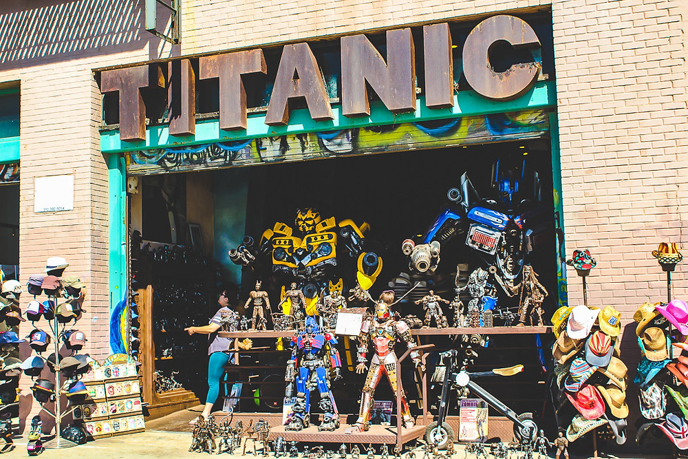 Iron man, the transformers, buy iron man, buy the transformers, shopping on Venice boardwalk, things to do in Venice beach, cool things to see in Venice beach