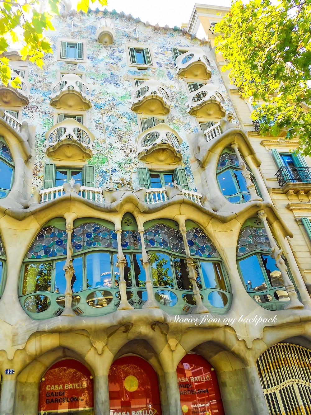 Casa Batllo, Casa Mila, Sagrada Familia, sightseeing in Barcelona, Barcelona things to do, Barcelona hop on hop off bus