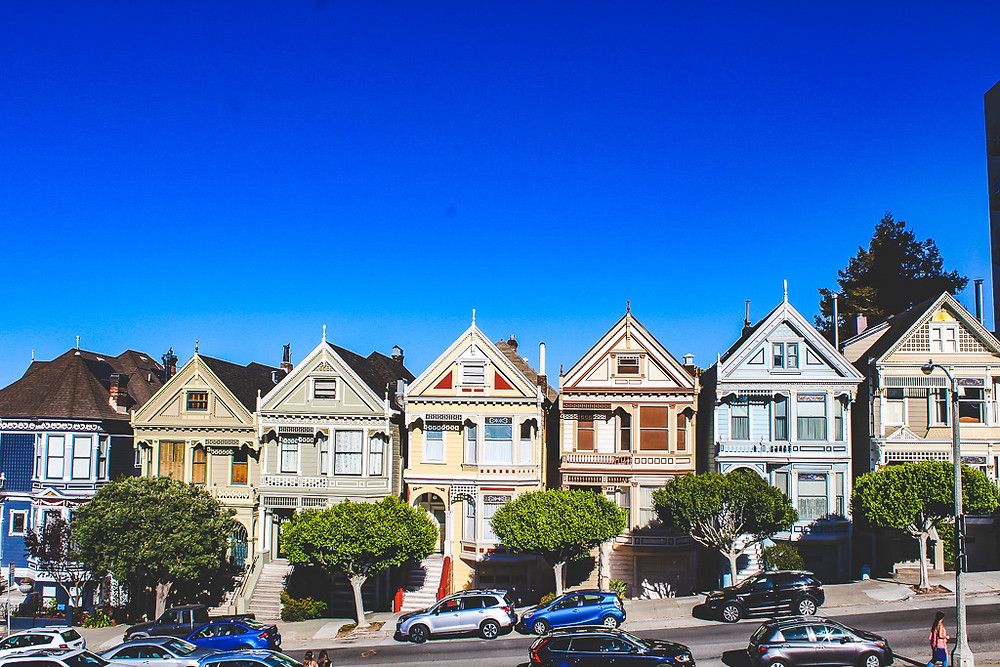 Victorian houses in San Francisco, Pastel colour houses, cute houses in San Francisco, Alamo square, tourist hot spot