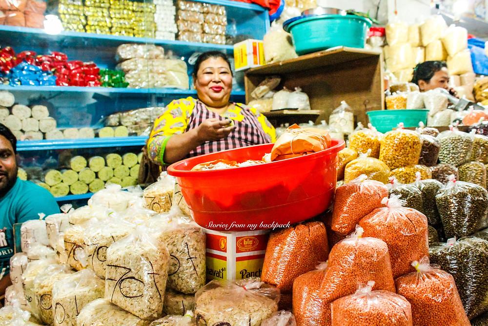 local life in sikkim, handmade knives, lal bazaar Gangtok, Gangtok shopping, local market in sikkim, sikkim tour, Gangtok things to do