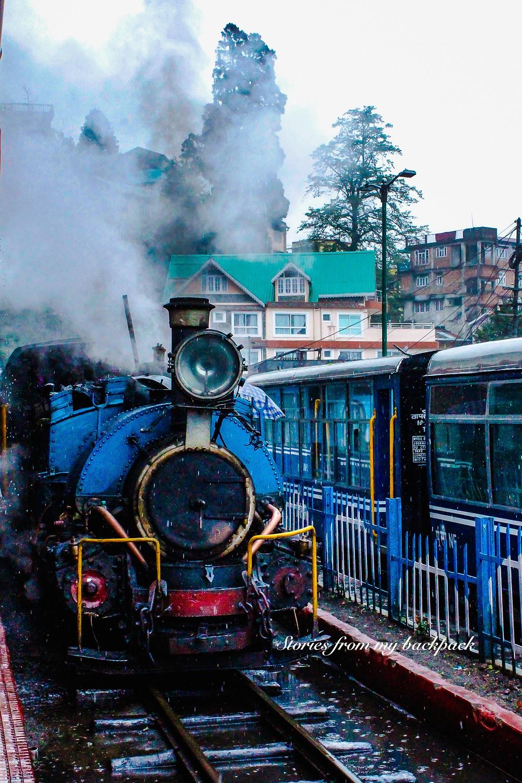 toy train, Himalayan railway, UNESCO World Heritage site, Oldest railways in the world, darjeeling tourism, darjeeling things to do