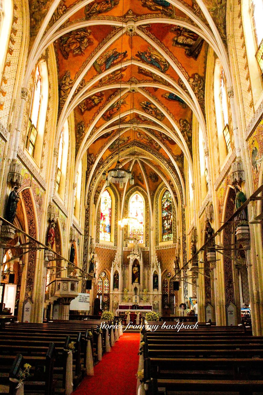 Cathedral of Holy Name, Mumbai, Mumbai churches, Mumbai synagogues, Mumbai 26/11, Leopold cafe, Where to eat in Mumbai, Sightseeing in Mumbai