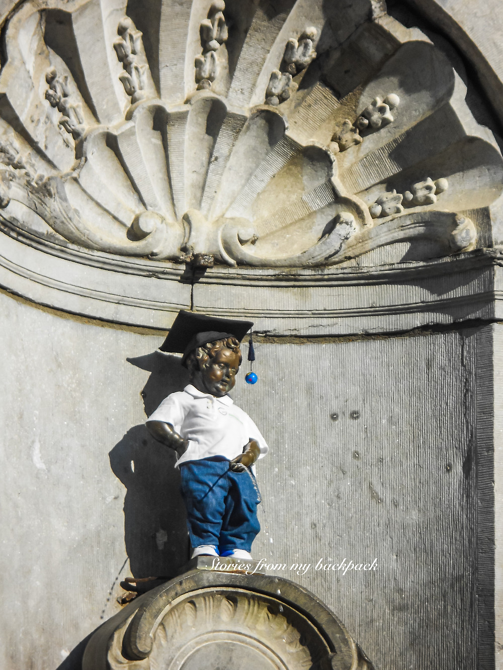 Mannekin Pis, What to do in Brussels, budget travel in Brussels, Europe on a budget