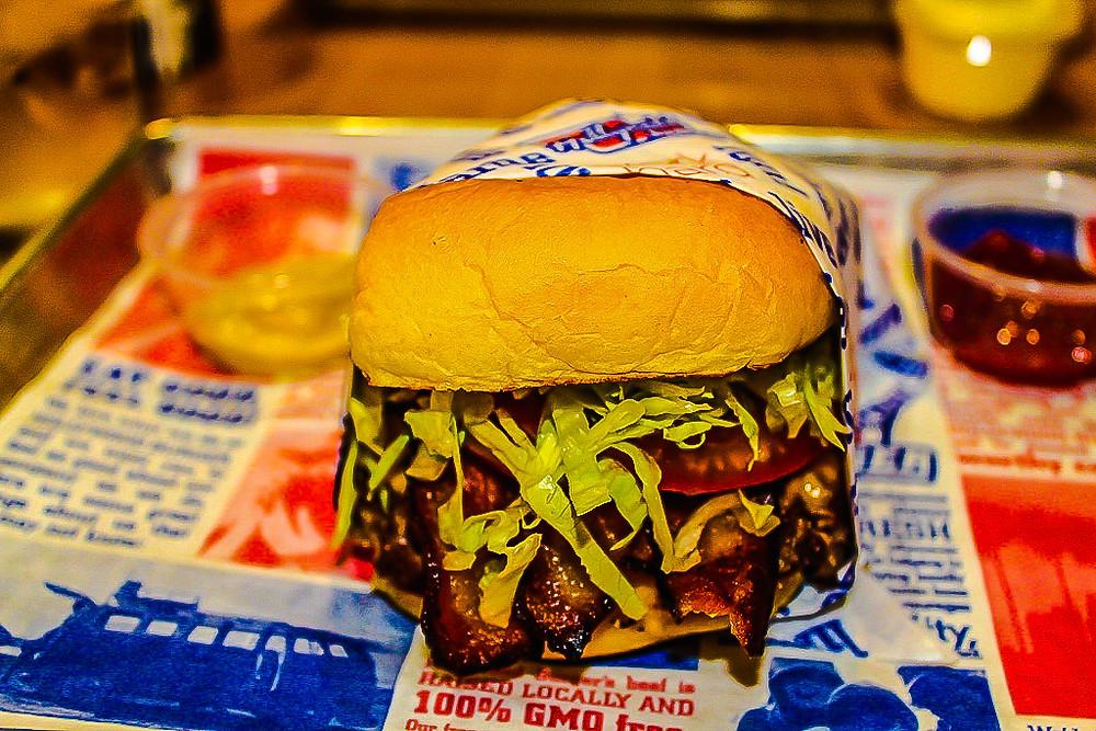 best burger in LA, best burger in Hollywood, Hollywood Burger,  best food in LA