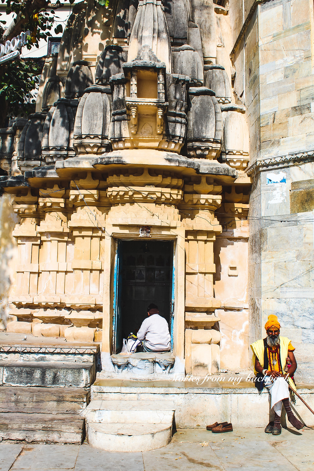 temples in Udaipur, ambrai ghat, Gangaur Ghat, lake Pichola, Udaipur must do things