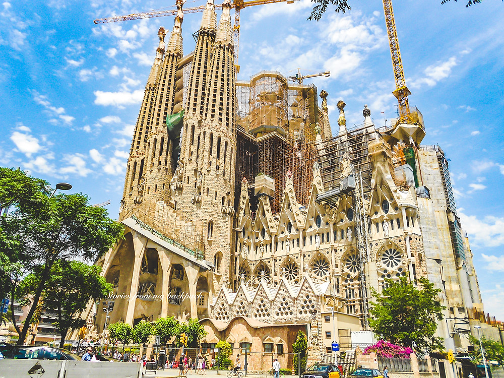 Sagrada Familia, Gaudi, Antoni Gaudi, Barcelona famous architect, Barcelona things to see, sightseeing in Barcelona,