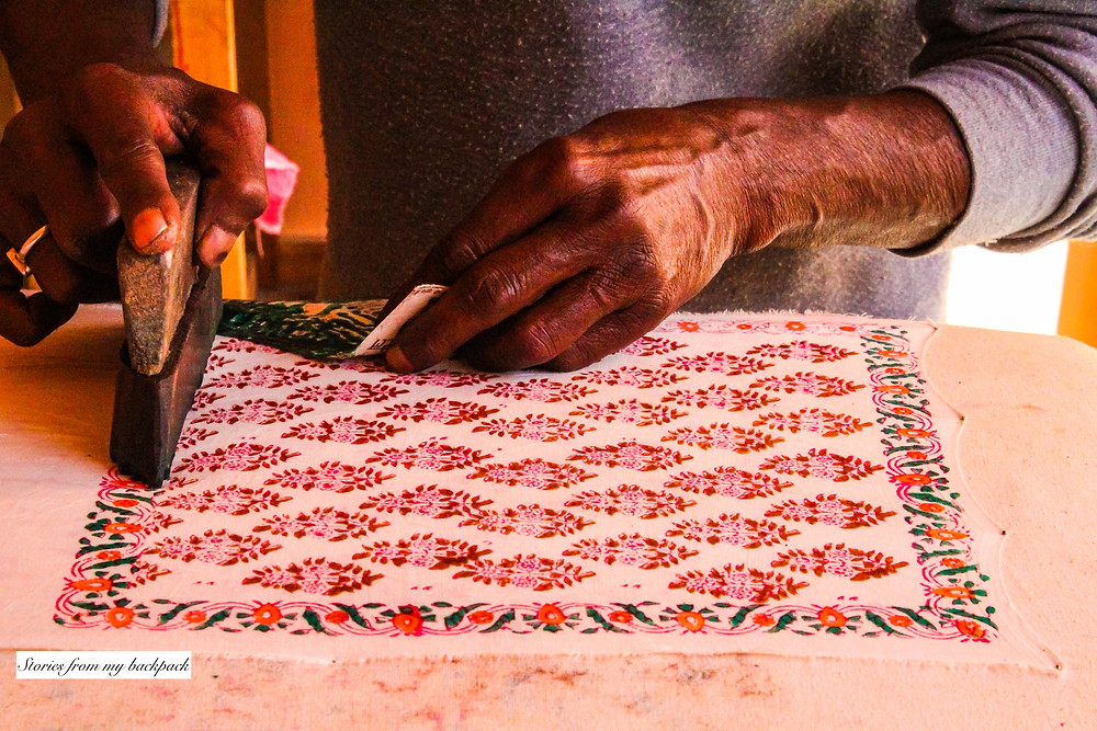 anokhi museum, block printing, block printing demonstration, Indian clothes, Indian handicrafts, handmade in Jaipur, dresses in Jaipur