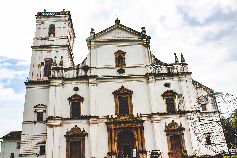 Se Cathedral de Santa Catarina, Basilica Of Bom Jesus, Archaeological Museum Goa, Old Goa Churches, Old Goa things to do, Goa itinerary,  Se Cathedral, Old Goa tour, Best churches to visit in Goa